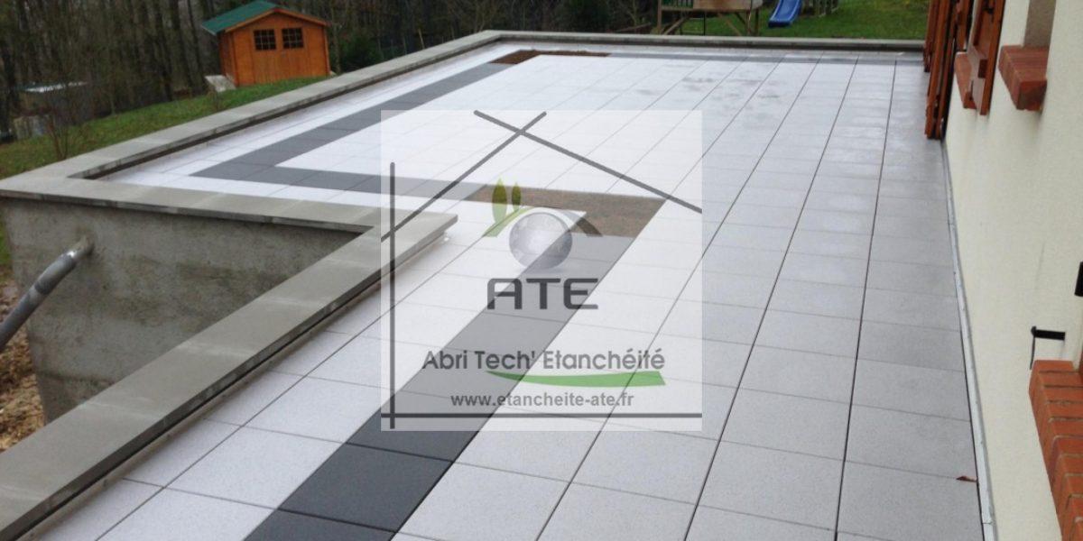 Terrasse accessible avec pose d 39 un carrelage abri tech for Terrasse inaccessible